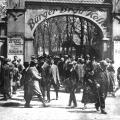 Den Nationalsozialisten Paroli bieten: In München feiert die SPD am 1. Mai 1932 im Bürgerbräukeller.