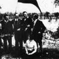 Widerstand durch Traditionswahrung: Am 1. Mai 1933 hissen Magdeburger Jungsozialisten am Elbufer die rote Fahne.