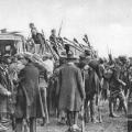 Aus Sicht der NS-Propaganda: 1923 stören bewaffnete Anhänger der NSDAP die Maifeierlichkeiten in München.