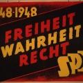 SPD und SED treten 1948 in geschichtspolitische Konkurrenz: Plakat der Sozialdemokraten, das auf die revolutionären Wurzeln der Partei verweist…