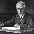 Am Schreibtisch 1885: Während der Sozialistengesetze steigt Bebel zum zentralen Kopf der nun illegal operierenden Partei auf.