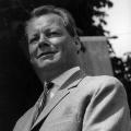 Willy Brandt trat 1961 zum ersten Mal als Kanzlerkandidat an. Auf dem Parteitag in Bad Godesberg formulierte er ein Wahlkampfziel, das nicht vergessen wurde: …