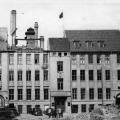 Kurz nach dem Zweiten Weltkrieg: Trotz Schäden dient das ehemalige Parteihaus in Hannover als zukünftige Parteizentrale für die Westzonen.