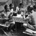 Zeltlager im Sommer 1947 auf der Pfaueninsel bei Berlin.
