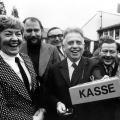 Von 1946 bis 1975 ist Alfred Nau als Parteikassierer beziehungsweise Schatzmeister im SPD-Bundesvorstand tätig,...