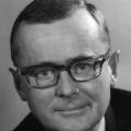 Karl Schiller, der heute neben Ludwig Erhard als bedeutendster Wirtschaftspolitiker der Nachkriegszeit gilt, während seiner Amtszeit als Bundeswirtschaftsminister 1968.<br> Bildrechte: AdsD