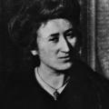 Rosa Luxemburg übernahm die Stelle von Hilferding, als dieser vom preußischen Staat ausgewiesen werden sollte.