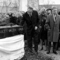 Herbert Wehner, Martha Ollenhauer, Alfred Nau 1964 bei der Namensgebung des Erich-Ollenhauer-Hauses.