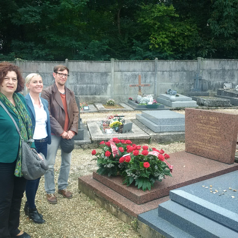 """""""Freiheit und Leben kann man uns nehmen, die Ehre nicht."""" Das Grab von Otto Wels auf dem Cimetière nouveau in Châtenay-Malabry; Bildrechte: Ole Erdmann"""