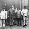 Friedrich Ebert im Grubenanzug:  Besuch bei den  Anhaltischen Salzwerken in Leopoldshall 1922.