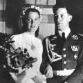 """1942, während des Zweiten Weltkriegs, heiratet der gebürtige Hamburger seine Jugendliebe Hannelore Glaser, genannt """"Loki""""."""