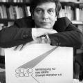 """Gründungstafel von """"eurosolar"""" (1988) – Scheer kämpft für erneuerbare Energien zugunsten einer fortschrittlichen Entwicklung."""