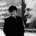 In die Bundestagswahl 1987 zieht Johannes Rau für die SPD als Kanzlerkandidat...
