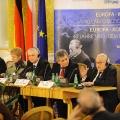 Podiumsdiskussion im Rahmen derselben Veranstaltung, unter anderem mit Włodzimierz Cimoszewicz und Egon Bahr.