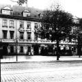 """Im Leipziger """"Pantheon"""" gründet Ferdinand Lassalle 1863 den Allgemeinen Deutschen Arbeiterverein (ADAV)."""