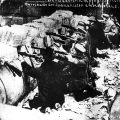Im Frühjahr 1919 eskaliert die Lage und es kommt zu Straßenkämpfen, hier eine Barrikade der Spartakisten