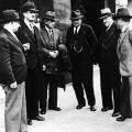 Der Parteivorstand der SPD im Exil in Prag im Oktober 1933.