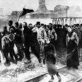 Ein Zentrum der Industrialisierung wie der Streikbewegung: streikende Arbeiterfamilien im Ruhrgebiet um 1900.