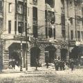 Während der Straßenkämpfe 1919 wird das Vorwärtsgebäude teilweise zerstört.