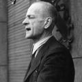 Kurt Schumacher organisiert die Wiedergründung der SPD nach dem Zweiten Weltkrieg maßgeblich  von Hannover aus. <br> Bildrechte: AdsD