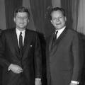 Staatsbesuch: Der Bürgermeister Westberlins empfängt den US-Präsidenten John F. Kennedy.  Bildrechte: AdsD