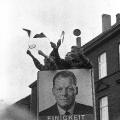 Im Bundestagswahlkampf 1965 spricht Willy Brandt…<br/> Bildrechte: AdsD