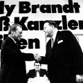 SPD-Parteitag 1972 in Dortmund: Willy Brandt muss Kanzler bleiben. Links im Hintergrund der zwei Jahre später als DDR-Spion enttarnte Günther Guillaume.